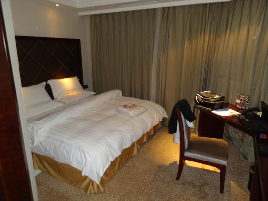 Prince Hotel : renovated new rooms/suite, bed room