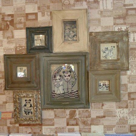 Cunha Bazaar - wall items