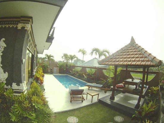 Villa Cinta: Espace piscine/plage