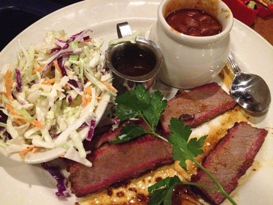 Lucille's Smokehouse BBQ: Beef brisket.. a bit dry.