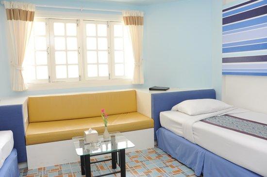 Bangsaen Villa Hotel: ภายในห้อง