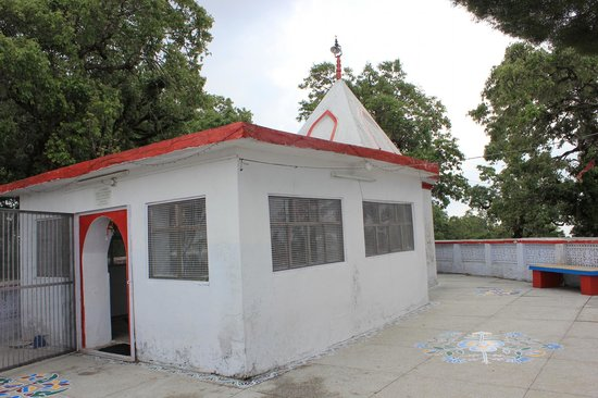 Santoshi Mata Temple  |  Road beyond Tip in Top, Lansdowne, India