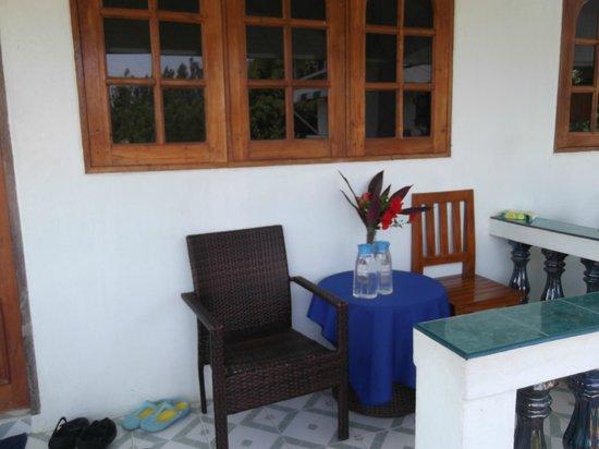 Samui Dojo Resort : Balcony outside our room