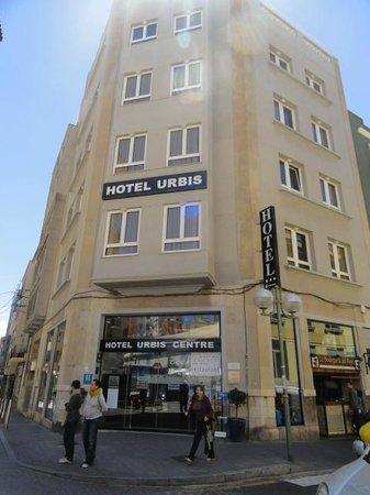 Hotel Urbis Centre: Fachada principal en la Plaza de Corsini