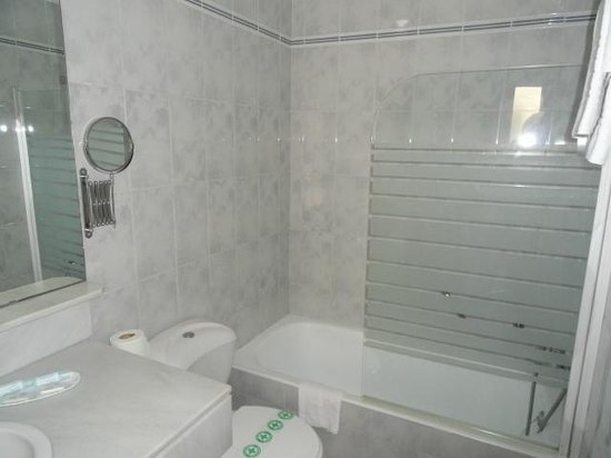 Hotel Urbis Centre: Baño
