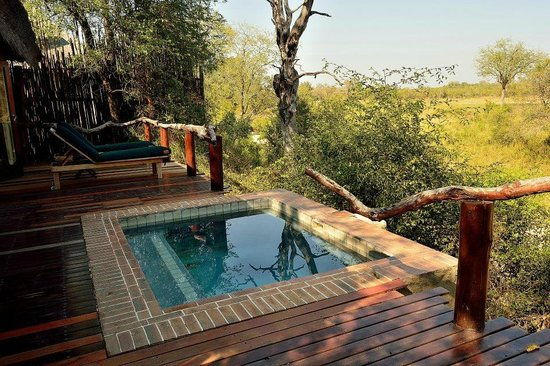 Simbambili Game Lodge : Room no. 1 deck