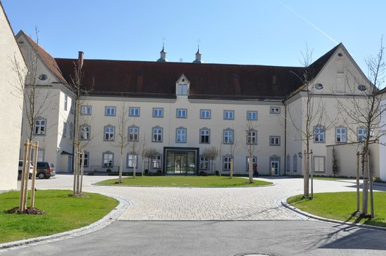 Kloster Holzen Hotel: The entrance