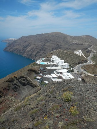 Aenaon Villas: View from Fira to Oia walk