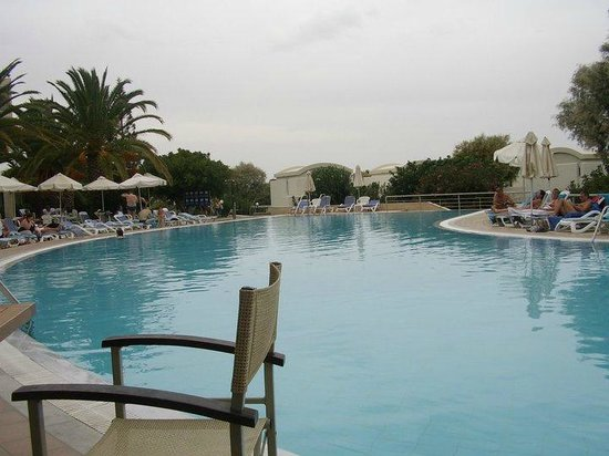 Agapi Beach Hotel: The main pool