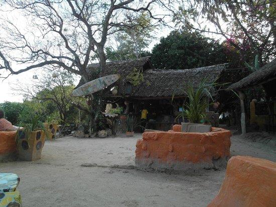 The Beach Africa: bar / restaurant