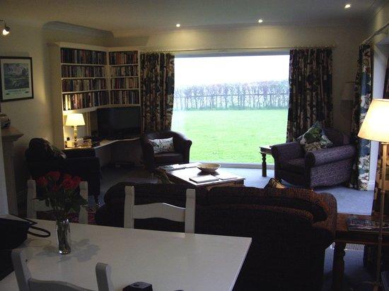 Beacon Hill Farm: Living room