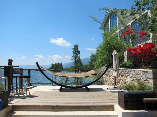 Dali Windoo Resort: Hammock on deck