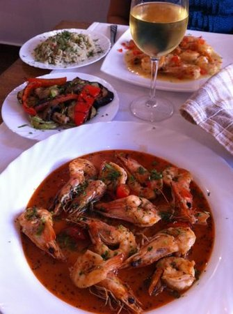 La Zavat: Prawns with Cognac and grilled vedgetables + Prawns in cream butter sauce with fried rice. Yummy
