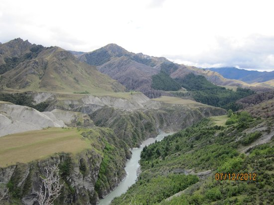 Unforgettable Skippers Canyon Tour: view