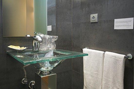 Hotel L'Algadir del Delta: Baño