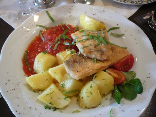 """Seebad Ahlbeck, Germany: Aus der Speisekarte: """"Feuerfisch"""" mmm, lecker!"""