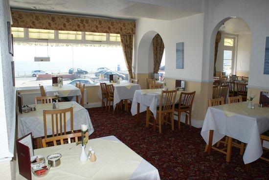 Carlton Residence: Dining Room