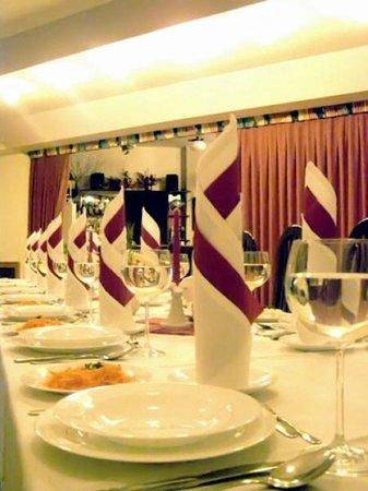 Hotel Varia: Restauracja