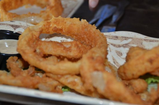 Ivy House: Onion Rings - very good!