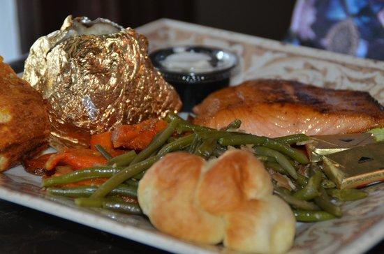Ivy House: Honey-glazed Salmon w/baked Potato