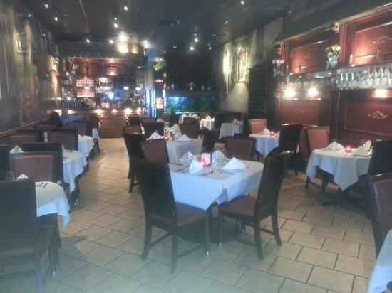 Medford Pastaria: dining room