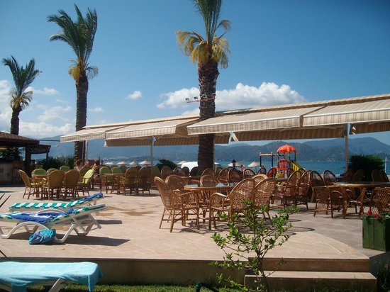 Sunset Beach Club: POOL AREA