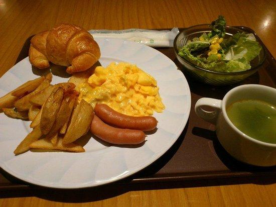 the b tokyo akasaka : 朝食