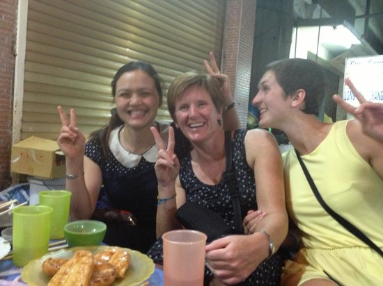 Hanoi Family Homestay: A shared meal with Perfume
