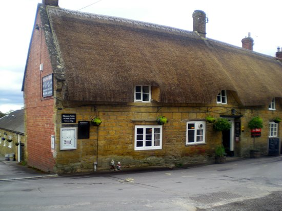 The Masons Arms: from the front