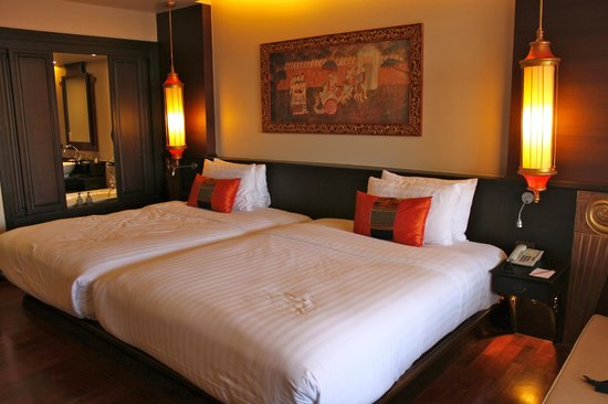 Siripanna Villa Resort & Spa: Deluxe Lanna Twin bedroom (2 double beds)