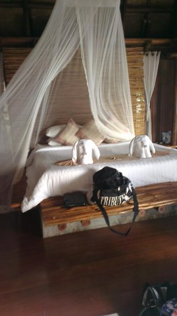 View Point Resort: bedroom is a sanctuary compared to others we've visited in Thailand.