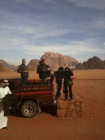 Jabal Rum Camp : Jeep tour, Wadi Rum