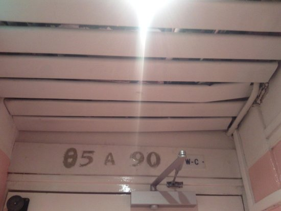 Ambassadeur Hotel : Plafond