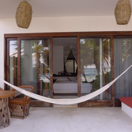 The Beach Tulum : Lovely view of the porch and room from the outside
