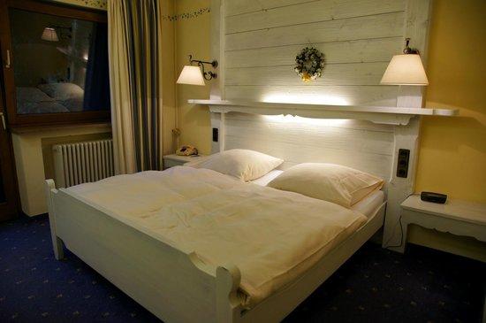 Hotel Bavaria: Room