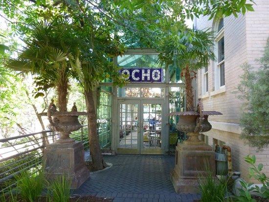 Hotel Havana: Ocho - Beautiful bar restaurant