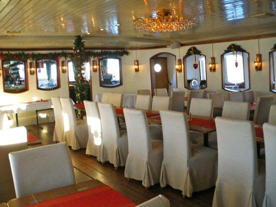 Malardrottningen Yacht Hotel and Restaurant: Salle à manger