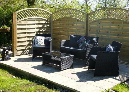 Tudor House: The outdoor lounge