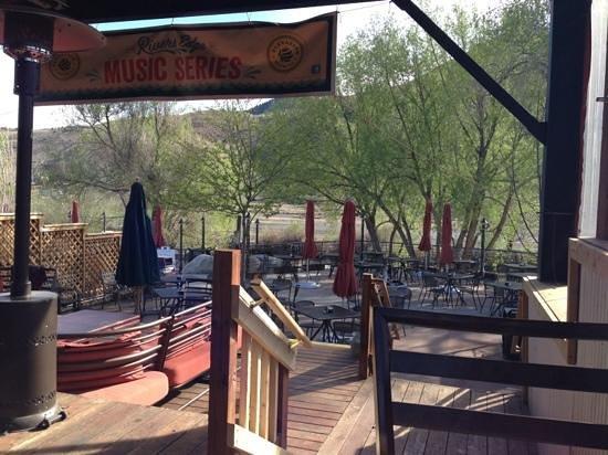 River's Edge: Back patio on the Arkansas river.