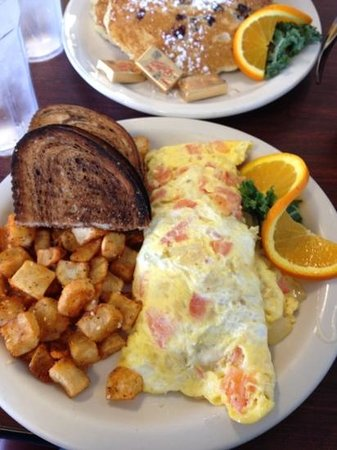 Key West Cafe: Avocado omelet