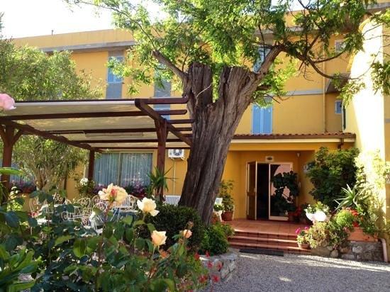Hotel Ginevra Photo