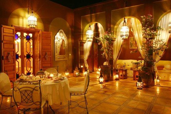 Dar Ayniwen Villa Hotel: Mucha Suite Terrace