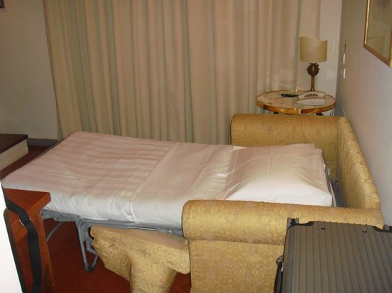 Villa Olmi Firenze: Extra-Bed in Classic Room