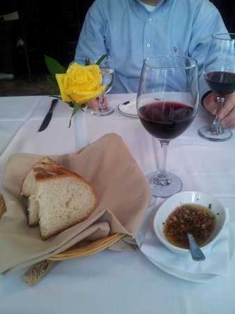 Cafe Toscana : Pinot noir wine with complimentary bread and oil, delish!