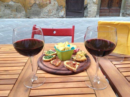 Vicolo Divino : Vinos & Tapas