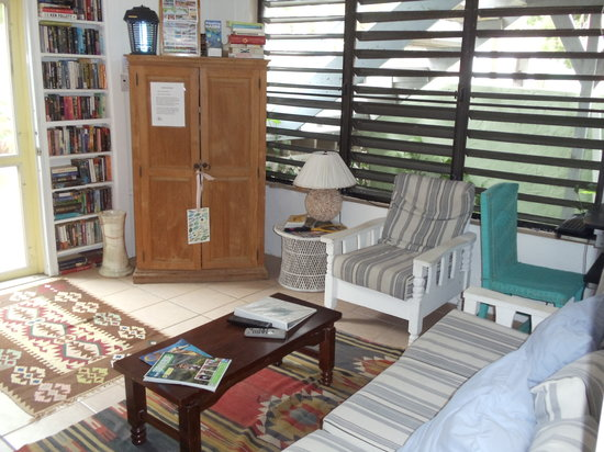 Palmetto Guesthouse: Sit down and relax.