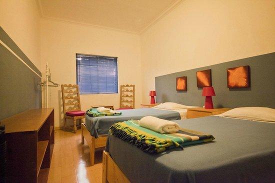 Pucllana Lodge : Habitacion Azul con baño externo