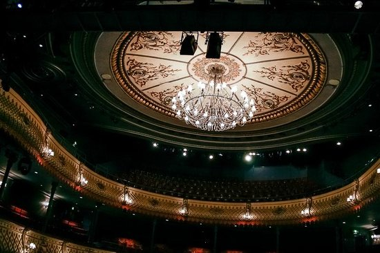 The Old Vic: View from the Stage
