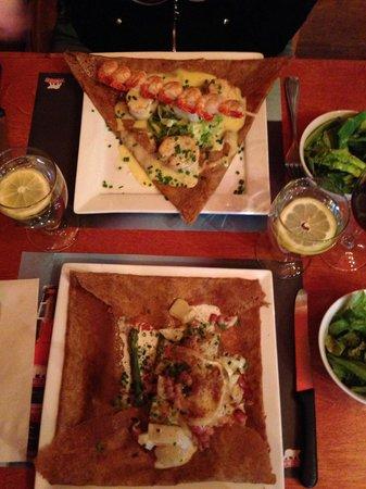 Le Billig Creperie-Bistro : Scallop/Shrimp & Potato/Asparagus Crepes!