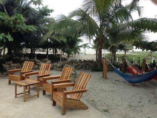 Canoa Beach Hotel: Great hammocks!